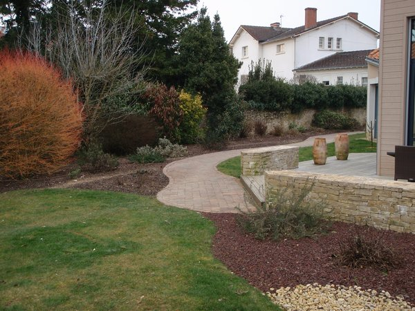 Alliance paysage entretien jardin particuliers vendee for Entretien jardin particulier 95